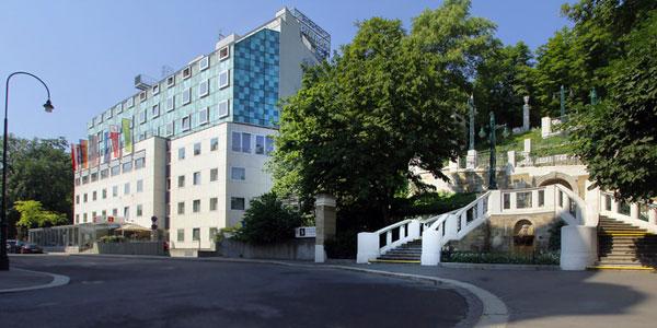 Hotel und Palais Strudlhof ****